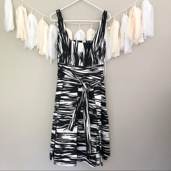 Calvin Klein Dresses & Skirts - NEW Calvin Klein Black & White Fit Flare Dress